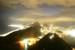 Rio de janeiro (iko) Tags: sky 15fav cloud rio topv111 brasil riodejaneiro night 1025fav 510fav bresil nightshot screensaver fv5 sugarloaf paindesucre paodeaucar interestingness495 i500 123travel