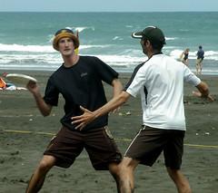 Alan Looks (MpCorbett) Tags: ultimatefrisbee hattournament karekarebeach