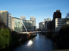 Trinity Bridge (Neil101) Tags: uk bridge santiago england water buildings river manchester hotel footbridge kodak neil trinity calatrava salford lowry irwell wilkinson z740 neilwilkinson neil101 bbcmanchesterblog