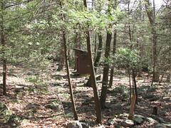Appalachian Trail: MD Sec 1: Devil's Racecourse Privy (Throwingbull) Tags: md maryland hike trail appalachian appalachiantrail privy whiteblaze devilsracecourse