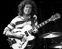 Pat Metheny (Belltown) Tags: bw music live performance jazz blues patmetheny interestingness476 i500 explore22mar06