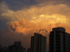 afternoon storm (Dave Awtrey) Tags: clouds saopaulo stormclouds