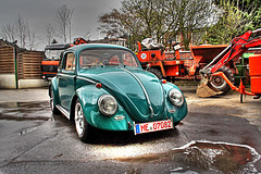 back from hibernation (Andreas Reinhold) Tags: wet water strange car bug beetle clean wash foam cleaned washed unreal callook hdr 1964 hibernation aircooled type1 unnatural dfl mettmann photomatix toomuchhdr
