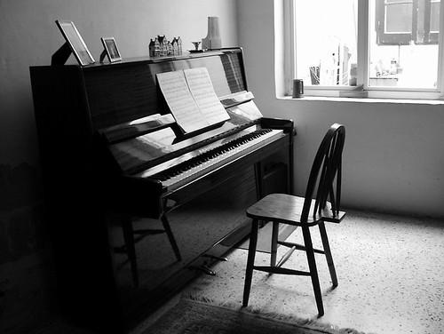 Собрал я чуток фото разных пианино