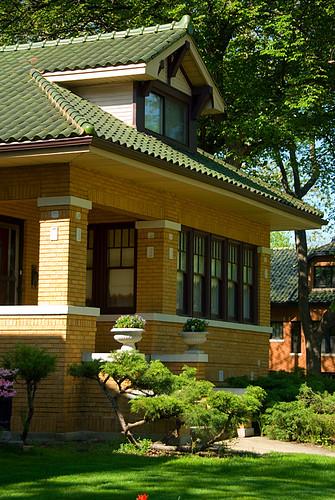 chicago bungalow