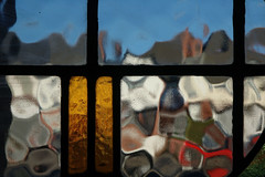 (Mark Rutter) Tags: blue red distortion glass yellow all sunny bluesky top10 f5 mondrian i20 i120 markrutter