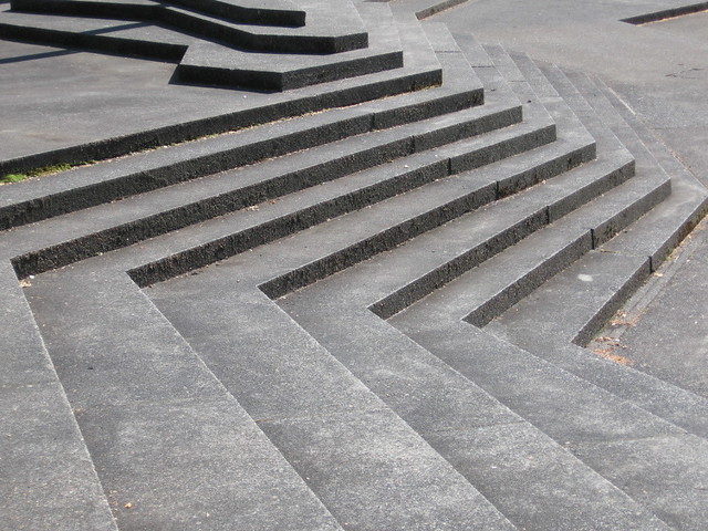 steps, lovejoy fountain plaza