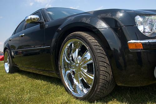 chrysler 300 black rims. Black Chrysler 300