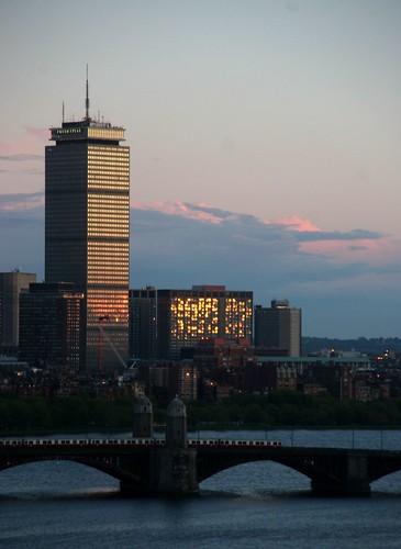 الأمريكية (boston) 152887782_4ed031a60a.jpg