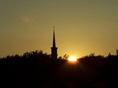 (Picture Pages by Patrick) Tags: trees sunset sky church nature silhouette landscape illinois cross steeple lindenhurst stmarkslutheranchurch fcsetsrises
