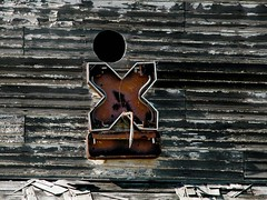 x marks the spot (voodooangel) Tags: old red neon s abandon single signage letter alviso oneletter xmarksthespot