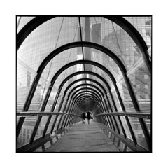 tunnel • paris, france • 2014 (lem's) Tags: paris france rolleiflex t couple tunnel scifi pedestrians defense passants