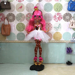 Cupcake Queen (CosmoMoore) Tags: fashion monster ginger high doll handmade luna cupcake kawaii after etsy spectra ever fashiondoll mattel breadhouse monsterhigh everafterhigh