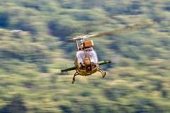 Eurocopter Gazelle in skid (Sbastien Locatelli) Tags: france plane canon de french army eos is aviation meeting 300mm airshow helicopter airbus terre l usm fte gazelle westland ef f4 eurocopter arme 6d arienne antitank albertville hlicoptre arien 2015 arospatiale sbastienlocatelli