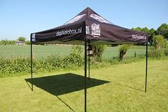 Quick Folding Tent met zwart frame - Evenementen Tent