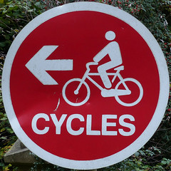 CYCLES (Leo Reynolds) Tags: xleol30x squaredcircle peril signtraffic bicycle cycle bike groupperil sqset118 xxx2015xxx sign