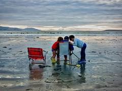 2015-10-25 17 46 22 (Pepe Fernández) Tags: niños playa madorra nigrán
