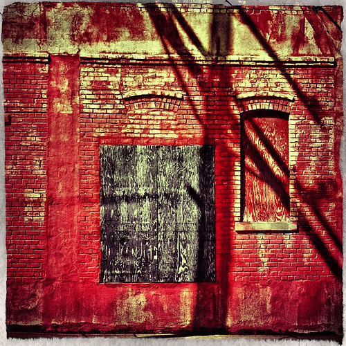 "Red Wall • <a style=""font-size:0.8em;"" href=""http://www.flickr.com/photos/150185675@N05/31627622326/"" target=""_blank"">View on Flickr</a>"