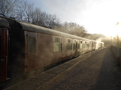 Cold Cold Morning (ee20213) Tags: kingsleyandfroghall 33102 churnetvalleyrailway d6513 class33 mk1 331
