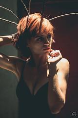 HTN - MI (183) (Monick Miranda Ibrahim) Tags: model ruiva beauty lights modern art actress beautiful magra perfect mkhtnproject photography design moda arte