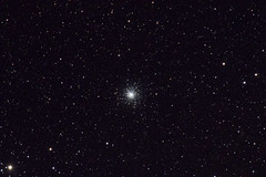 M10 - Globular Cluster in Ophiuchus (carlschmidt3) Tags: astrophotography tamron m10 globularcluster ophiuchus sp70300mmf456divcusd nikond5300