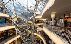 MyZeil shopping center, Frankfurt, Germany (maxunterwegs) Tags: germany deutschland hessen frankfurt shoppingmall alemania shoppingcenter frankfurtammain alemanha hesse massimilianofuksas einkaufszentrum alemagne myzeil