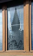 Cultes (Jean-Luc Lopoldi) Tags: window sex graffiti sale religion dirty dessin spire reflet dust glise fentre pnis clocher poussire