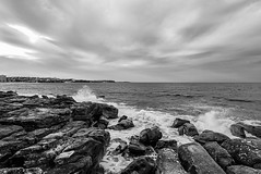 DSC00929 (Damir Govorcin Photography) Tags: rocks landscape natural light water ocean sea manly beach sydney clouds monochrome blackwhite perspective creative horizon sony a7ii zeiss 1635mm