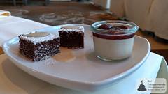 Jazz & Dine: Schokoladen-Brownies mit Caramelsauce & Zimt-Panna-Cotta mit Pflaumenkompott