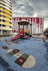 s 2017 Jan11 Rochor Centre Playground_DSC_1627 (Andrew JK Tan) Tags: rochorcentre rochor 2017 singapore playground deserted hdb
