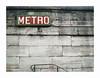 Subway (hélène chantemerle) Tags: escaliers extérieur mobilierurbain murs métro photosderue rue ville stairs wall outside street town city red green concorde paris france subway