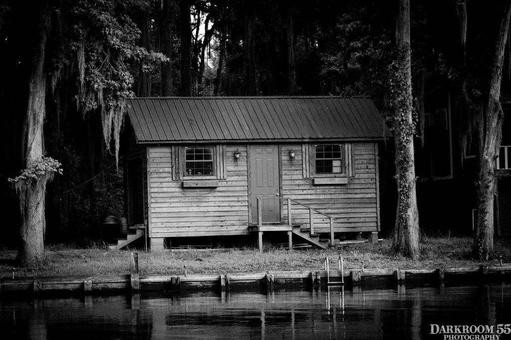 The world 39 s best photos of bayou and cabin flickr hive mind for Fishing cabins in texas