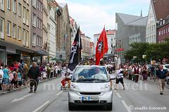 167. Volksfestzug Lübeck_mfw15_080315ww (madle-fotowelt) Tags: volks lübeck hansestadt piraten buxtehude fanfarenzug haseundigel madlefotoweltde haseundigelinfo lübecksfreibeutermukke 167volksfestzug