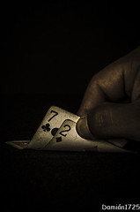 Mala Suerte (Damián Chiappe) Tags: vegas 2 two texas hand lasvegas bad 7 casino poker dos card seven luck mano bet mala carta holdem siete badluck apuesta suerte malasuerte playcard