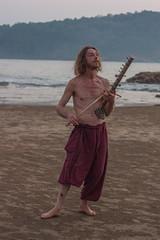 Phillip (Niyantha) Tags: travel musician music india beach instrument gokarna karnataka kudle ravanhatha ravanahatha raavanhatha
