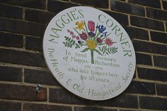 Maggie's Corner (Matt From London) Tags: flowers plaque hampstead flowerseller maggierichardson maggiescorner