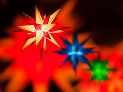 Christmas lights (5) (Karsten Gieselmann) Tags: 75mmf18 blau em5markii farbe formen grün jahreszeiten mzuiko microfourthirds olympus orange rot stern weihnachten winter blue color green kgiesel m43 mft red seasons shapes