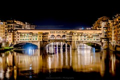 Florence, Old bridge (tampurio) Tags: ponte bridge vecchio old firenze florence italia italy river arno fiume night notte nightscape cityscape landscape paesaggio notturno light luci riflessi water