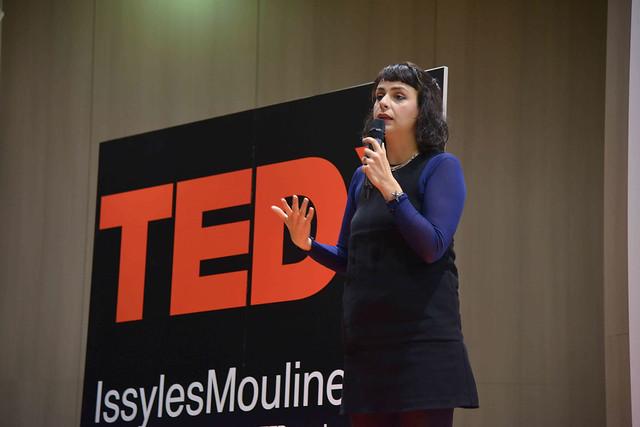 2016-11-23 - TEDxIssy-01 - Speakers (15h24m34) - Géraldine ALIBERTI
