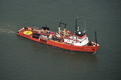 Putford Guardian aerial image (John D F) Tags: putfordguardian supportvessel northsea imo6800012 mmsi232003332 ship aerial aerialphotography aerialimage aerialphotograph aerialimagesuk aerialview droneview viewfromplane hires hirez highresolution britainfromabove britainfromtheair
