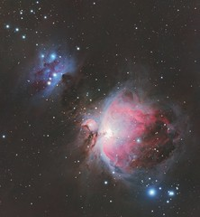 M42 - Orionnebula and Running Man Nebula (DeepSkyDave) Tags: astrophotography astrofotografie astronomy astronomie night sky nacht himmel stars sterne deepsky cosmos kosmos natur nature long exposure langzeitbelichtung low light wenig licht canon eos 6d astrodon mod bright colors red