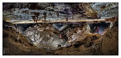 Cueva de Iguaran - Galerías de Río Arriba (Sorginetxe (Iñigo Gómez de Segura)) Tags: espeleología espeleofotografía entzia iguaran cueva cave caving cavidad cueverosdelavavisión fotografíasubterranea speleophotography