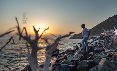L'isola che ci  rimasta nel cuore (Paolo Martinez) Tags: holiday beach landscape elba mood paolo outdoor emotive paesaggio vacanze 6d 24105mm peopleenjoyingnature