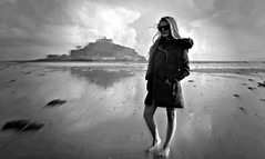 (plot19) Tags: family light portrait england people blackandwhite black west english love beach girl st pose landscape island photography coast blackwhite kid cornwall olivia britain sony mount western liv british isle isles beech michaels cornish rx100 plot19