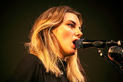 Wolf Alice (Del Robertson) Tags: wolf alice glasgow performing o2 abc