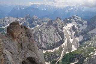 L'horizon est vaste, massif de la Marmolada, Canazei, Val di Fassa, province de Trente, Trentin-Haut Adige, Italie.
