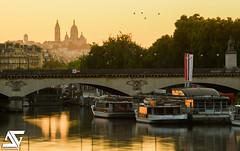 Parisian's sunrise (A.G. Photographe) Tags: paris france seine sunrise french nikon europe montmartre sacrcoeur ag capitale nikkor franais parisian leverdesoleil anto bateaumouche bateauxmouches xiii parisien pontdina ina d810 vedettesdeparis antoxiii 70200vrii agphotographe