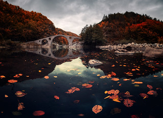 Fall at Devil's bridge