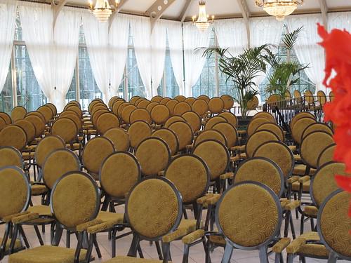 Seminaari, kokous, konsertti Hirvihaaran Kartanon Lasipaviljongissa