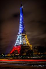 la Tour Eiffel (bobostudio) Tags: november mars paris france tower monument de rouge evening europe ledefrance tour capital jardin eiffel du illuminated bleu toureiffel soir nuit blanc tricolour idf champ projections trocadro tricolore 2015 parisien attentats paris16earrondissement fusillades